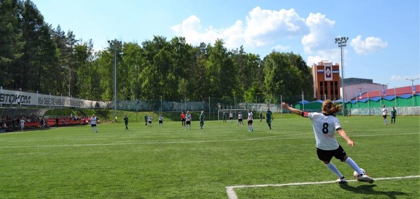 Ижевский футбольный клуб «Торпедо» обыграл соперниц из Уфы