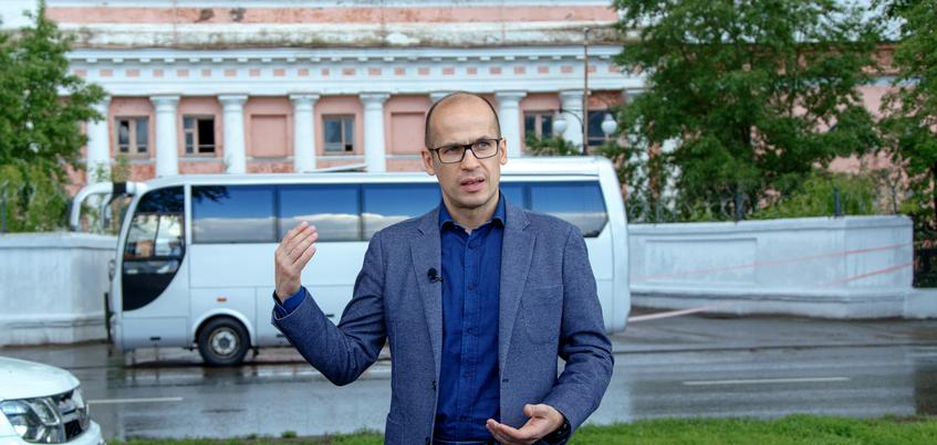 Александр Бречалов заявил об отсутствии средств на реконструкцию корпусов оружейного завода