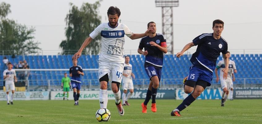 Ижевский «Зенит» победил в последнем матче перед сезоном