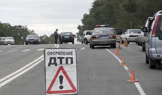 В Ижевске на улице Камбарской мотоциклист попал в аварию