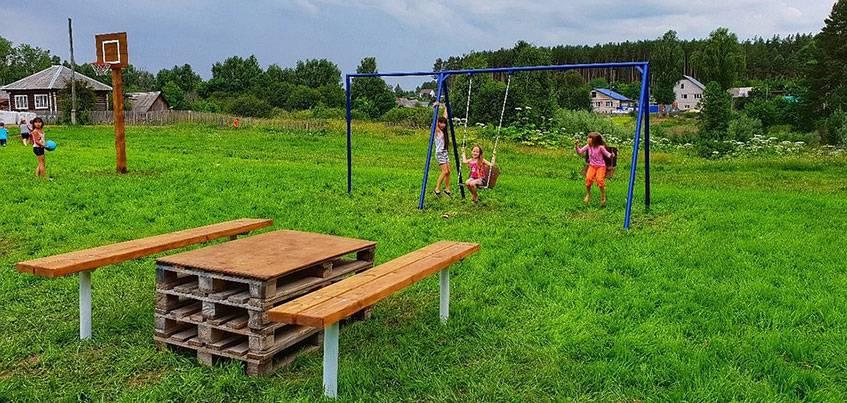 Житель Удмуртии построил спортивную площадку в родной деревне