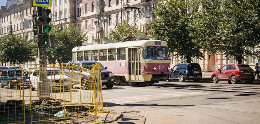 Новую технологию укладки трамвайных путей опробуют в Ижевске