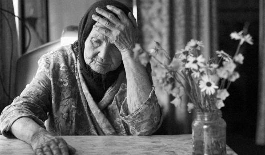 В Сарапуле мошенник, представившись «гаишником», пытался похитить у старушки 50 тысяч рублей