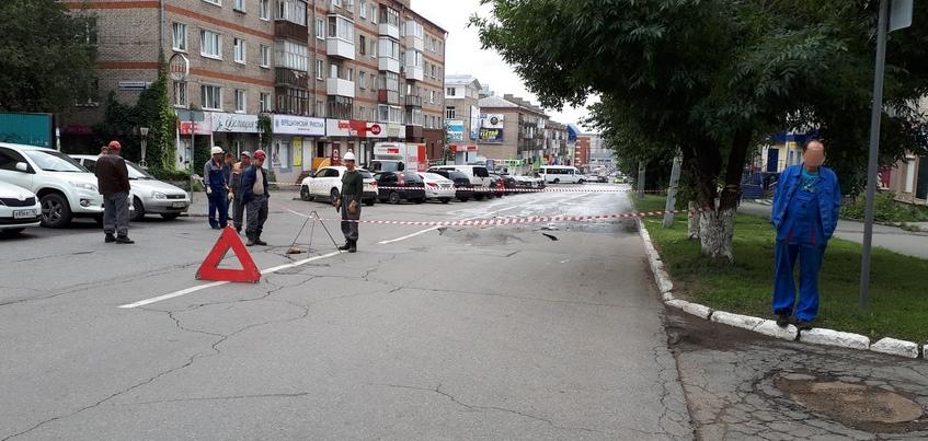 Участок улицы Красноармейской перекрыли в Ижевске из-за провала