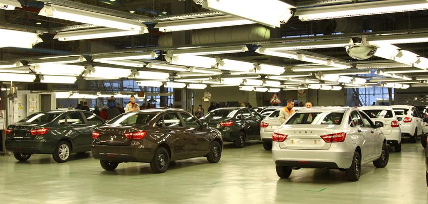 Удмуртия вышла в лидеры по росту продаж новых автомобилей