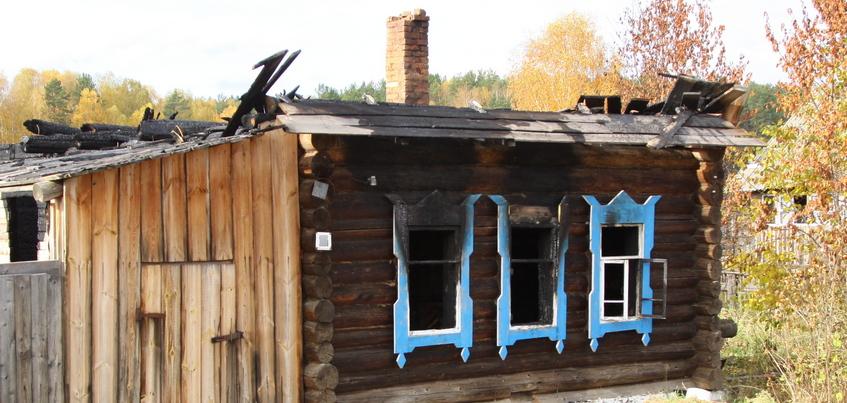 Два человека погибли при пожарах в Удмуртии за сутки