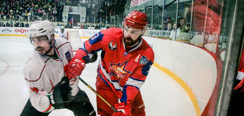 Денис Иванов вновь будет играть за «Ижсталь»