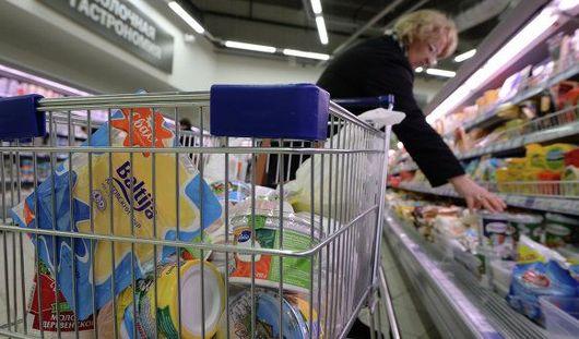 Запрет на импорт продуктов и убийство за замечание: о чем утром говорят в Ижевске