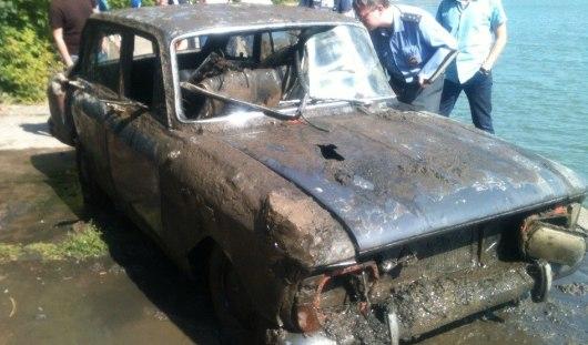 В Ижевском пруду водолазы нашли утопленный «Москвич- комби»
