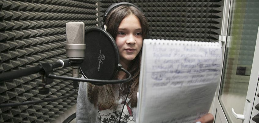 «Спасибо Школе радио за уверенного ребенка»: ижевские родители рассказали, как курс изменил детей