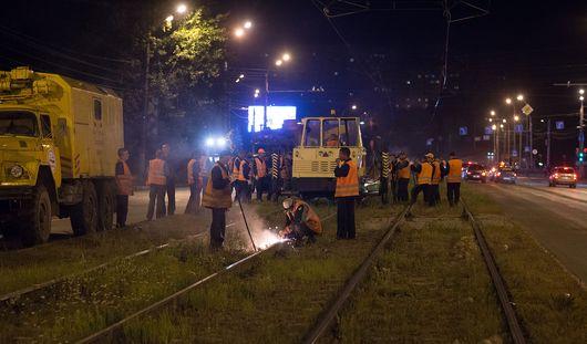 До конца недели трамвайные пути по улице Кирова в Ижевске отремонтируют