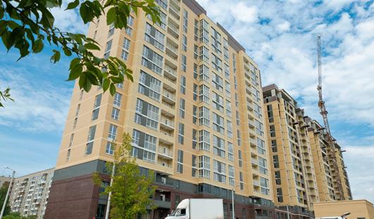 Собственники ЖК «Дубрава» продолжают получать ключи от новых квартир