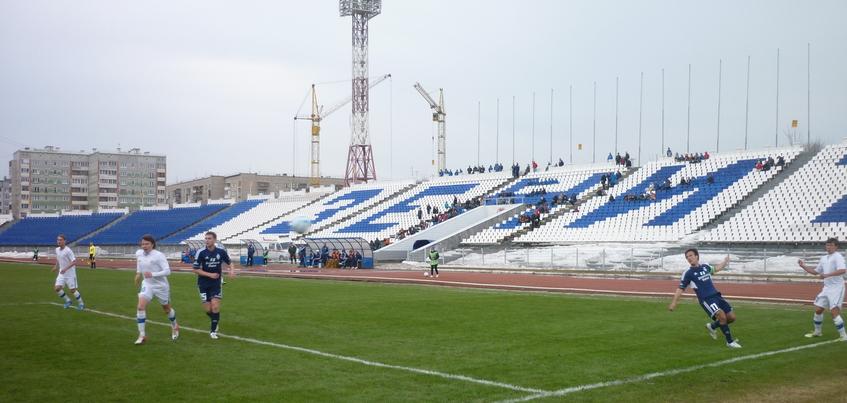 Болельщиков призывают соблюдать порядок на дневном матче ФК «Зенит-Ижевск»