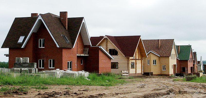 Почему эксперты рекомендуют покупать земельные участки осенью?