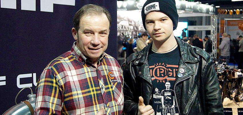 Мужское хобби: ижевчанин бросил работу на заводе, чтобы собирать мотоциклы за сотни тысяч рублей
