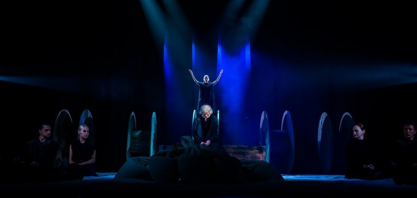 Замахнуться на Шекспира: спектакль драмтеатра Удмуртии представлен в 6 номинациях «Золотой маски»