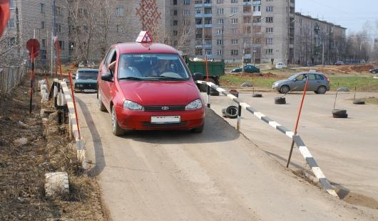 Обучение на водителей в Ижевске подорожает в 1,5 раза, а вырастет ли качество?