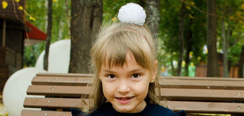 Акция «Ёлка для каждого»: 5-летняя Соня с ДЦП мечтает о кондитерской фабрике