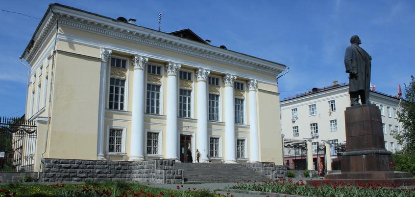 Удмуртия получит 385 млн рублей на реконструкцию Национальной библиотеки