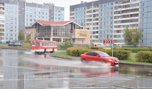 Состоянием автомобильных дорог довольны около 30% ижевчан