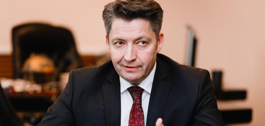 С 39 до 29: глава Ижевска рассказал, какие управления администрации города ждет объединение