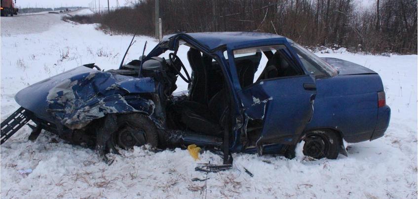 Три человека пострадали в ДТП на федеральной трассе в Удмуртии