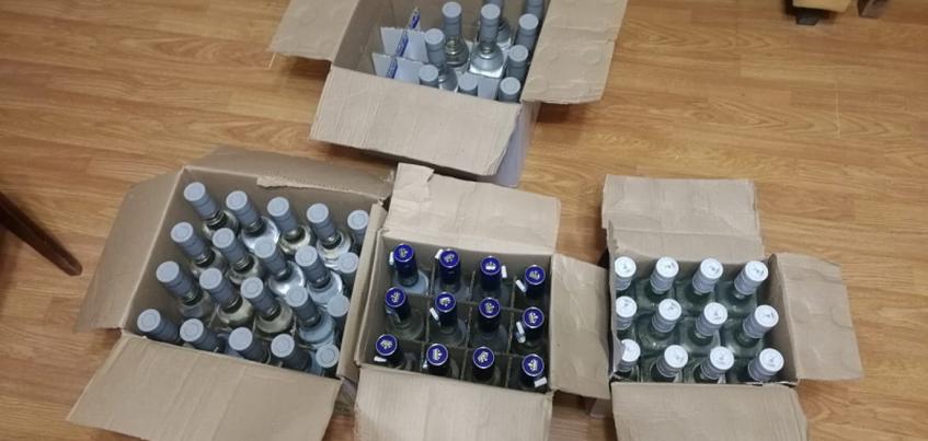 Свыше 2 тонн контрафактного алкоголя изъяли у жителя Удмуртии