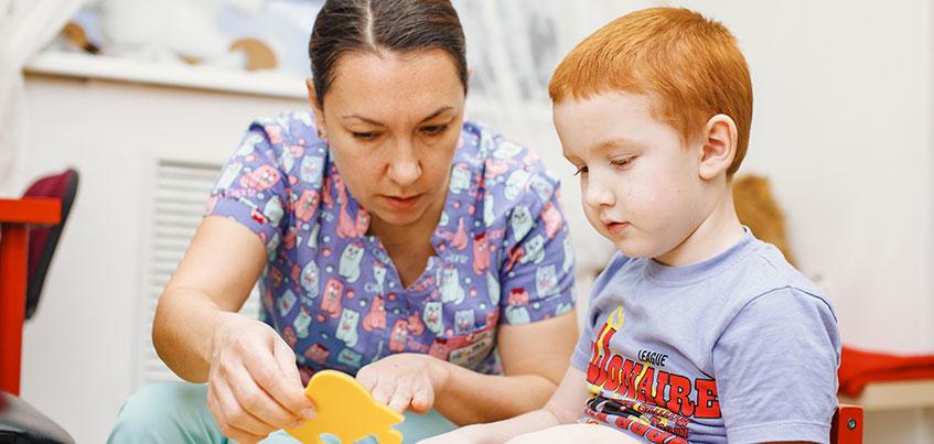 Артем заговорил после 4 курса лечения: как врачи «Реацентра» помогают детям с задержкой психо-речевого развития