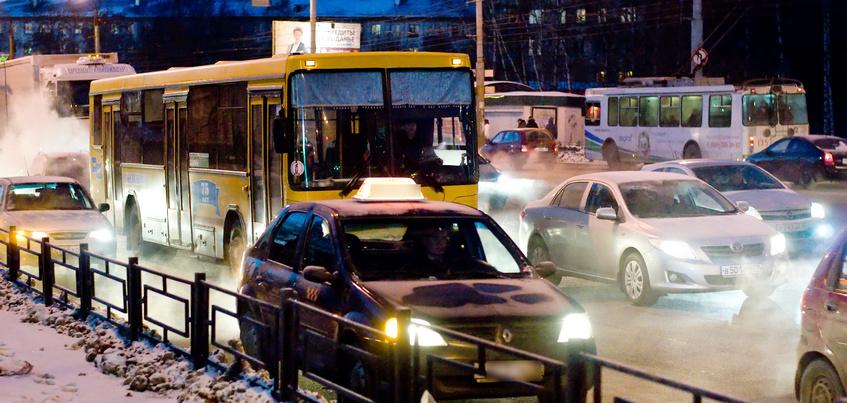 Четыре автобусных маршрута в Ижевске будут работать в новогоднюю ночь