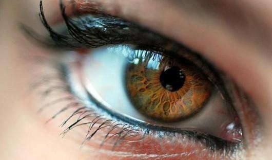 Большие глаза выдадут в вас любознательного человека, а маленькие – строгих наблюдателей.