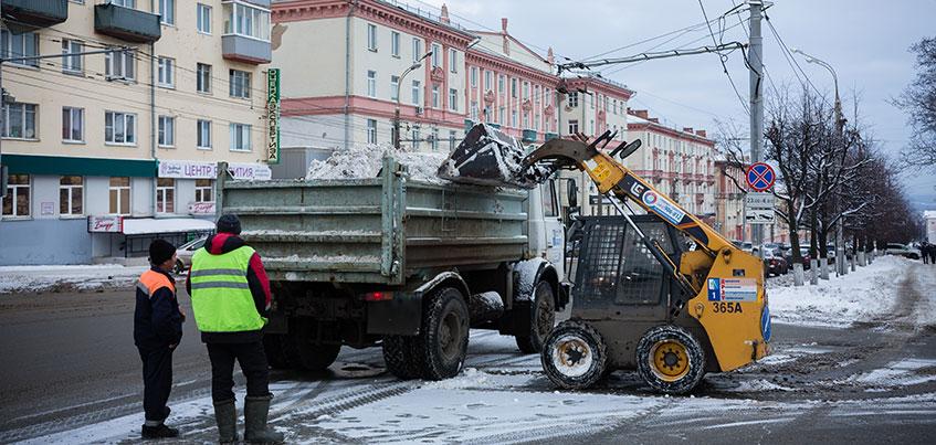 «Перезимуем»: ижевчане поставили оценки дорожникам за уборку снега