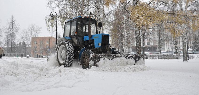 «Перезимуем»: с начала зимы с улиц Ижевска вывезли почти 300 тысяч кубометров снега