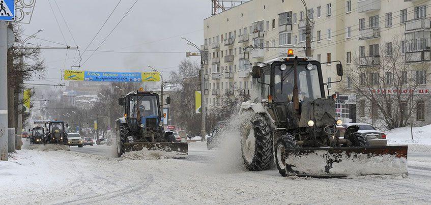 Перезимуем: в ночь с 5 на 6 февраля на дорогах Ижевска работало 149 единиц техники