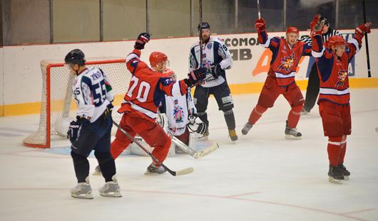 ХК «Ижсталь» выиграла в матче с краснодарской командой со счетом 3:2