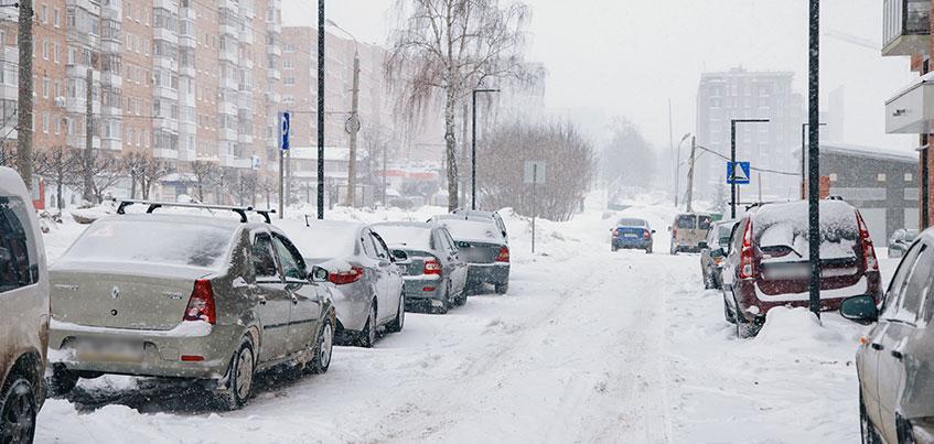 Перезимуем: где в Ижевске не чистят дворы и тротуары?
