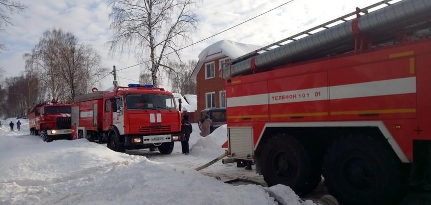Три человека погибли при пожаре в Удмуртии