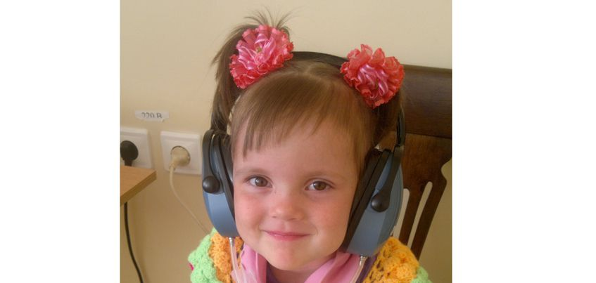 4-летняя Алена из Глазова: «Мама, я ничего не слышу!»