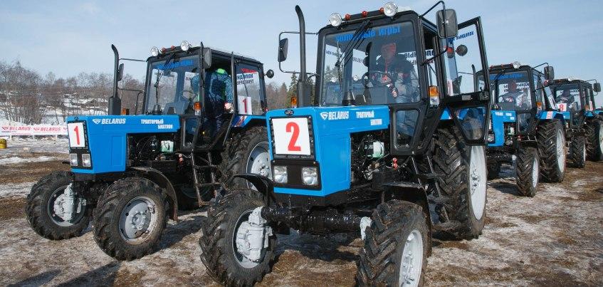 Министр сельского хозяйства Удмуртии заняла 3-е место на «Тракторном биатлоне»