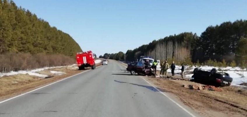 Пожилая пара погибла в аварии на дороге в Удмуртии