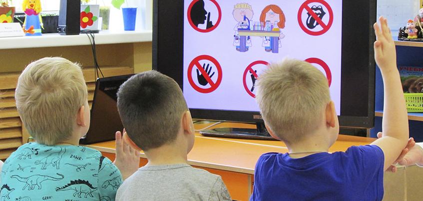 Можно ли изучать экономику в детском саду: декада STEM-образования стартовала в Ижевске