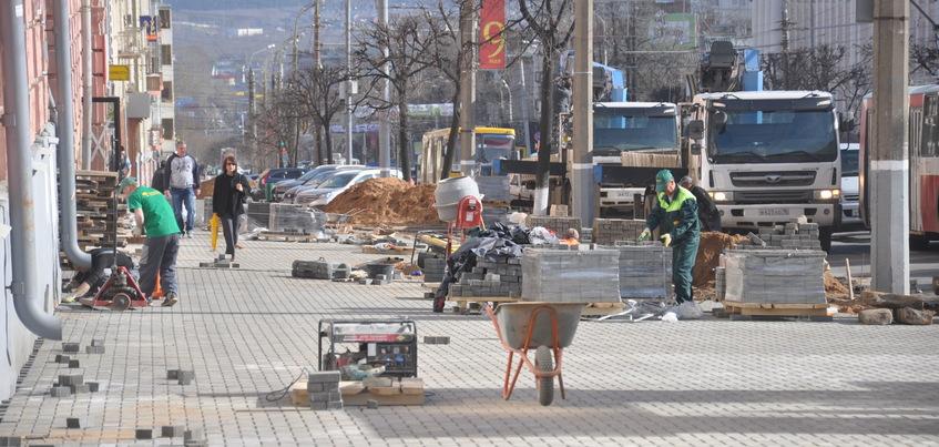 Ижевск планирует вернуться к ремонту тротуаров брусчаткой