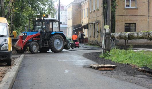 В Ижевске продолжается ремонт дворов