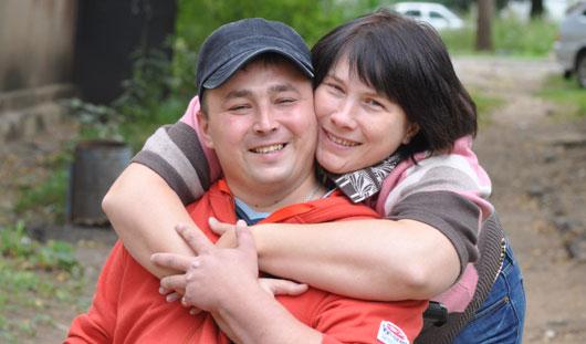 Невыдуманная история любви ижевчан: вышла замуж, несмотря на инвалидную коляску