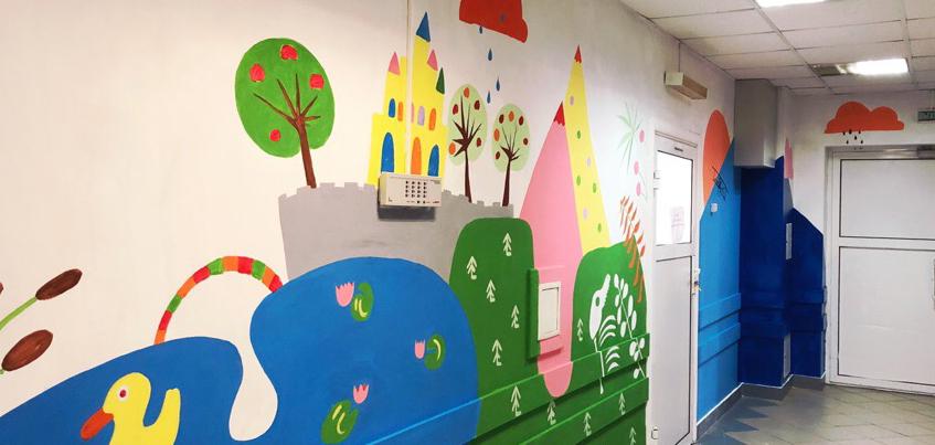 Жители Ижевска раскрасили стены в детской больнице №2