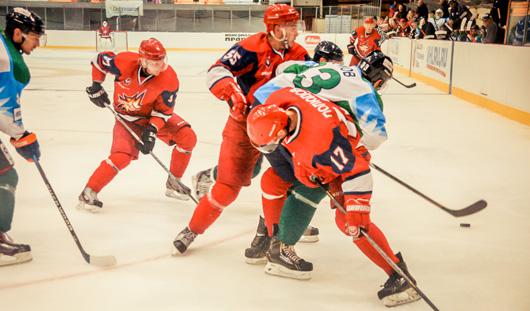 В Ижевске предсезонный хоккейный турнир памяти Молчанова выиграл нефтекамский «Батыр»
