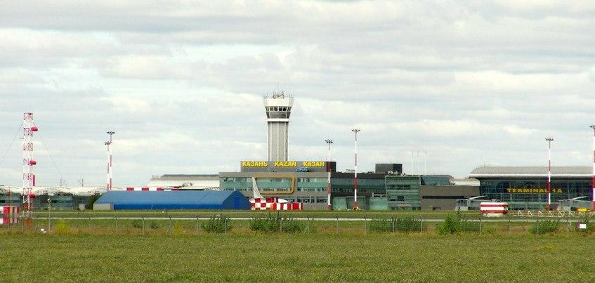 Самолет Москва – Ижевск приземлился в Казани