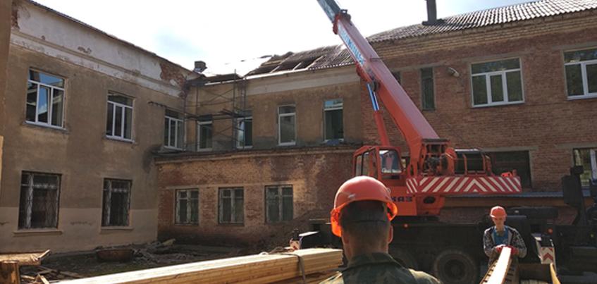 Как идет ремонт в ижевской школе-интернате №13?