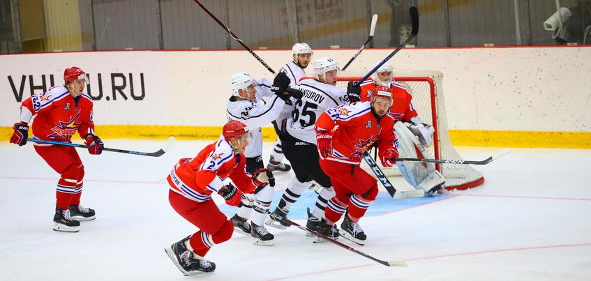 Хоккеисты «Ижстали» дома обыграли «Челмет»