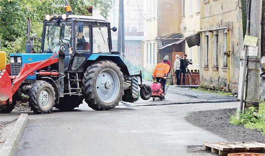 Ремонт дворов в Ижевске продолжается