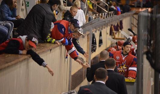 Ижевские хоккеисты потерпели первое поражение в сезоне